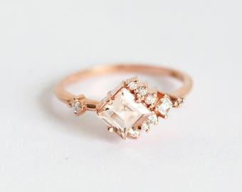 Morganite Engagement Ring, Cluster Diamond Ring, Cluster Ring, Princess Engagement Ring, Peach Engagement Ring, MinimalVS, Diamond Ring