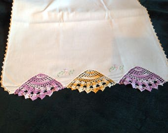 Vintage Dresser scarf with crocheted inserts