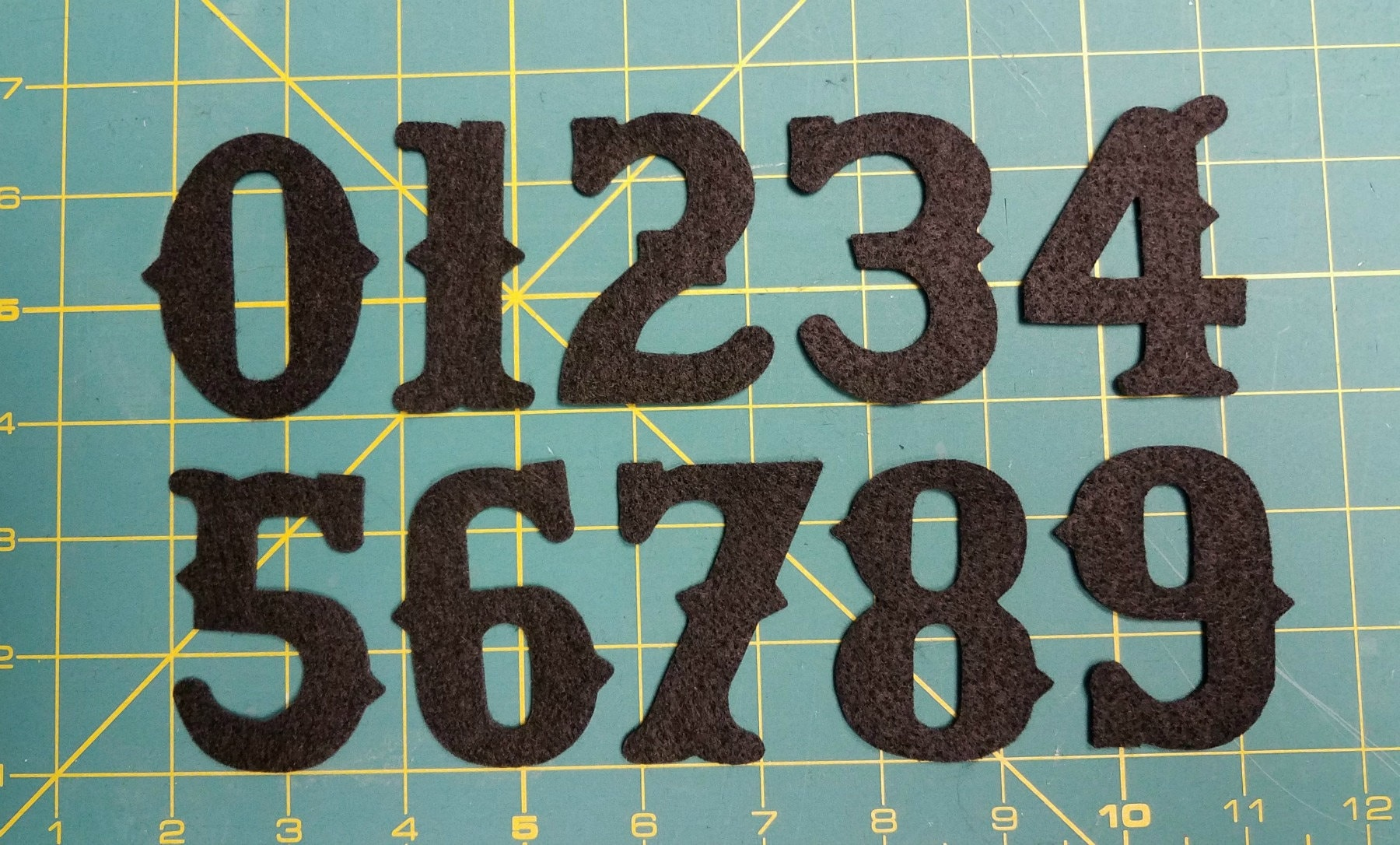 NEW 25 Vintage Font Numbers 1 10 Craft Or Wool Felt