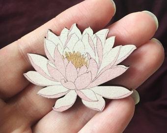 Flowering Water Lily Brooch