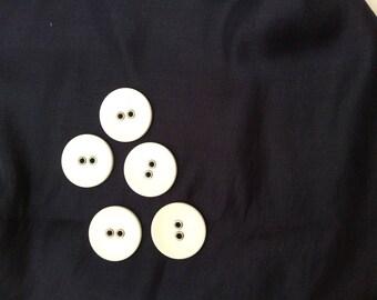Button sew 3 cm acrylic white
