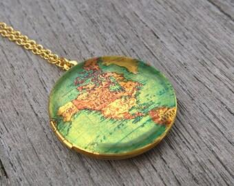 Locket,Brass Locket, Locket Necklace,USA, brass, 18K Gold, Gold Necklace, vintage map, world map,map, vintage map locket,gift for mother,