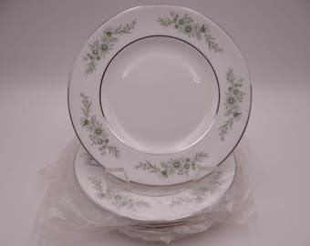 "Mint Condition Wedgwood English Bone China Bread and Butter Plate ""Westbury"" Pattern - 5 available."