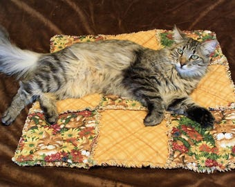 Luxury Cat Blanket, Gold Cat Blanket, Handmade Cat Bedding, Cat Accessories, Bed for Cats, Fabric Cat Bed, Fabric Cat Blanket, Catnip Bed