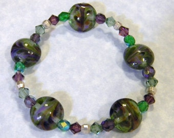 Purple and Green Art Glass Bead and Silver Stretch Bracelet