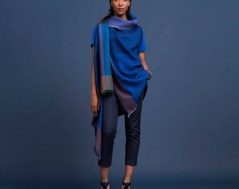 Luxury wool Cape, Karigar Cape, Women's Poncho, handwoven Wrap, Crafted Wool Wrap, Natural Wool, One size, Indian craftsmanship, designer