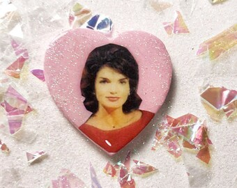 JACKIE KENNEDY: pin or magnet
