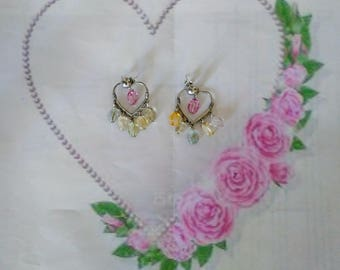 Pendant earrings at heart with colored quartzes