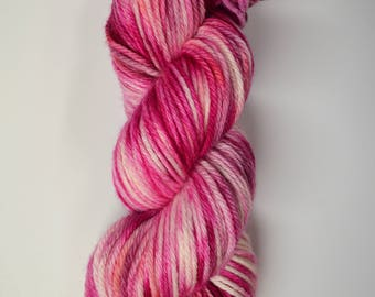 Aubs Worsted, hand dyed yarn, handdyed yarn, hand dyed worsted yarn, hand painted yarn, worsted yarn, worsted weight, Bubble Gum