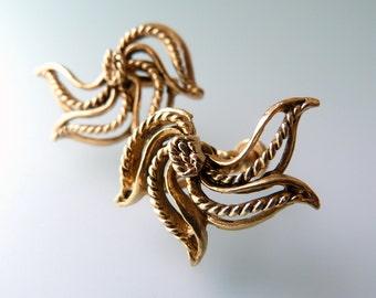 Vintage Brass Flower Earrings - Clip On