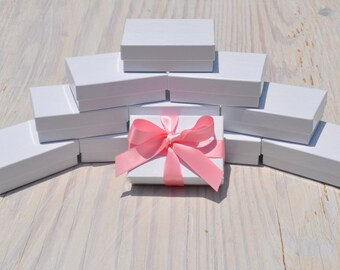 20 Glossy Jewelry Boxes 3.25x 2.25x1 White Gloss Retail Presentation with Cotton Fill Size 32