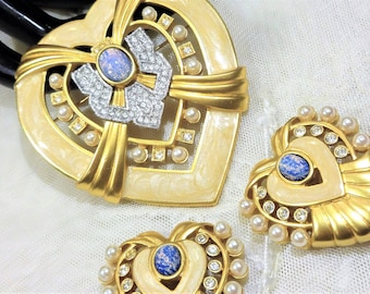 Gorgeous Large Vintage Elizabeth Taylor for Avon Hearts of Hollywood Brooch and Earrings
