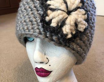 Women's Crochet Flower Hat - gray with white flower