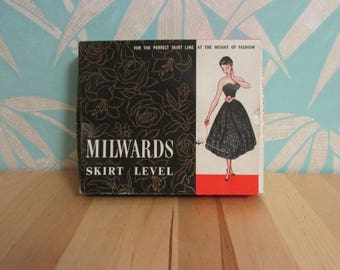 1960s Milwards Skirt Level tailoring aid