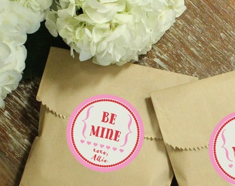 24 Valentine's Day Favor Bags - Be Mine Label | Class Valentines | Valentine's Day Party Favors | Valentine's Day Treat Bags | Be Mine Label