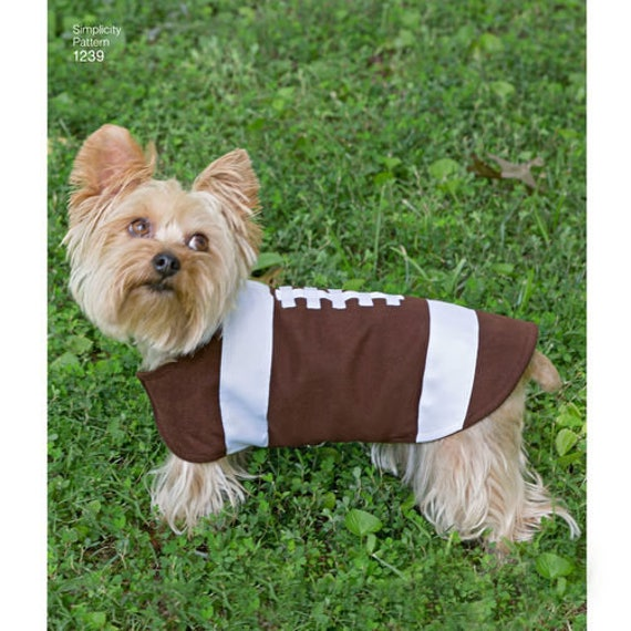 Sewing Pattern for Dog Coats, Three Sizes, Simplicity Pattern 1239 ...