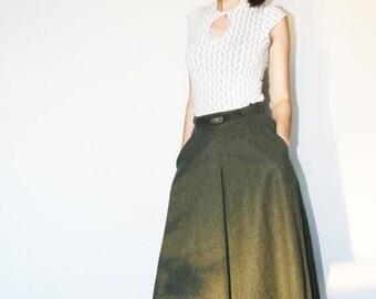 Maxi green wool skirt Big pockets boho skirt Full long skirt Olive green color Designer monogram 60's (XS/S)