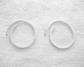 3/4 inch Hammered Sterling Silver Hoop Earrings 1 pair