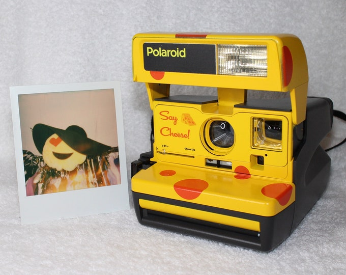 Say Cheese Lite! Upcycled Polaroid 600 OneStep With Close Up And Flash Built-In