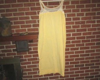 Vintage 1940s Perfect Yellow Cotton Summer Nightgown with Hand Crocheted Yoke
