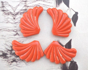 Special Fan Beads, Leaf shaped Bead, Vintage Lucite Beads, Fan Leaf Cinnamon Orange flat beads, Detailed Indented bead charm, 4