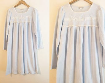 CLEARANCE: Miss Elaine   Vintage Baby Blue and White Vintage 1990's Nightgown With Lace Trim on Collar / Blue Pajamas / Vintage Sleepwear