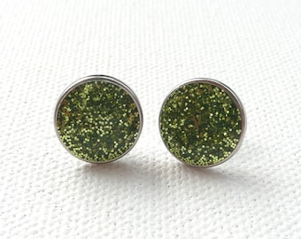 ns-Small Sparkly Green Round Stud Earrings