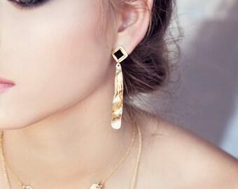 Black Onyx Earrings, black earrings, gold dangle earrings, gemstone earrings, onyx earrings, dangle earrings, 18k plated, rectangle earrings
