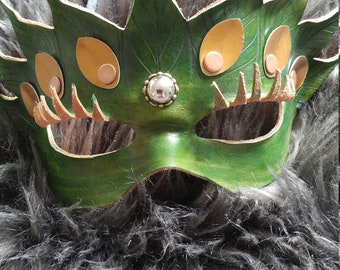 Green leaves leather mask