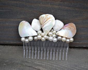 Seashell Hair Comb, Hair Accessory, Wedding Bride, Prom Dance, Clip Accessories, barrette, sea beach pearl, beads, jewels, shell shells new