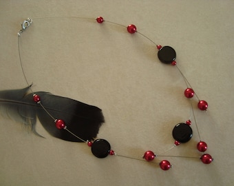 Original fashion necklace black and Red