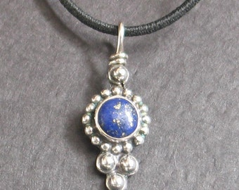 SALE Jewelry Rescue Vintage  Beaded Sterling Lapis Round Pendant 1""