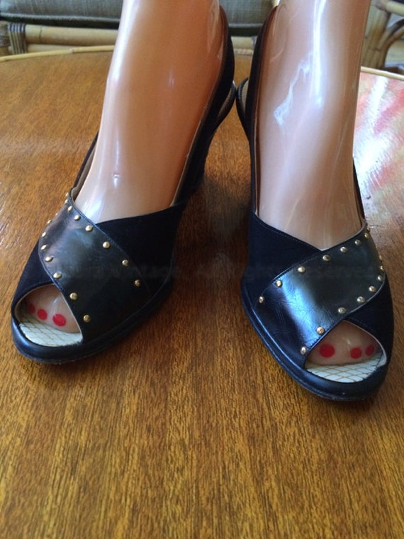 1950s Black Suede Studded La Rose Peep Toe Wedges with Adjustable Ankle Straps 6.5 Narrow