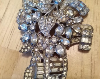 Antique Look Silver Brooch with Multiple Stones