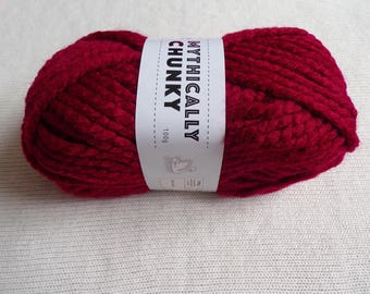 Cygnet mythically chunky yarn,100g,craft,knitting,crocheting,acrylic.phoenix