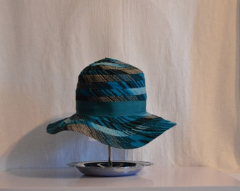 Vintage Blue Stripe 70s Floppy Hat