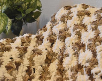 Big Wheel Afghan, handmade blanket, crochet, blanket, throw, crochet blanket pattern