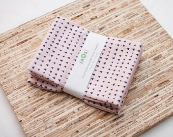 Large Cloth Napkins - Set of 4 - (N4675) - Triangle Pink Modern Reusable Fabric Napkins