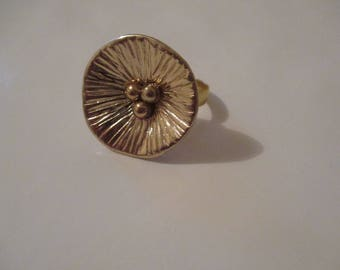 S/M gold ring with ornaments