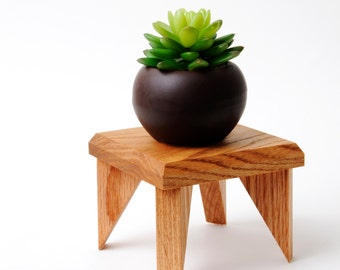 Geometric Plant Stand Oak Wood