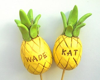 Customized Pineapple Wedding Cake Topper for your Tropical Wedding