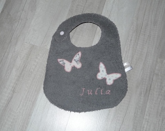 reversible bib, grey and pink floral Butterfly with the name embroidery