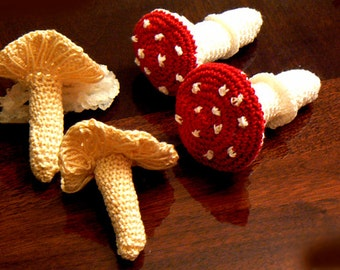 Mushrooms crochet hanging -Fungus crochet decor- Wonderland decor- Red crochet mushrooms- Chanterelle mushrooms decor- baby mushroom decor