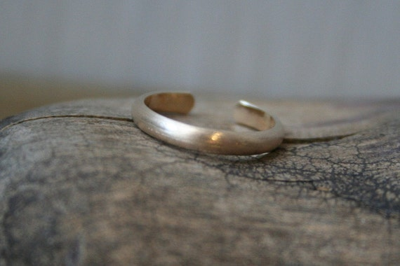 Matte 14K Gold Fill Toe Ring- Wide Half Round -2.5mm