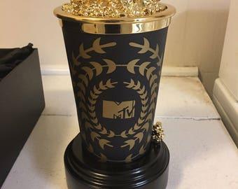 2014 MTV Movie Popcorn Award Statue w/ Display Box