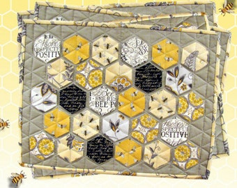 """A TASTE OF HONEY Quilted Hexagons Placemat Pattern 