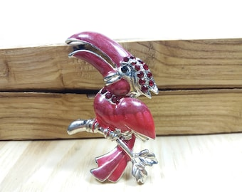 Vintage Red Enamel Brooch Rhinestone Toucan Bird Brooch, lapel pin Red Bird