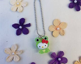 Hello Kitty frog necklace for Pullip, Blythe dolls