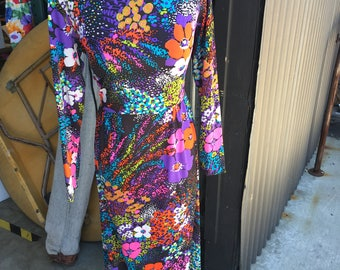 Vintage 1970s Flower Print Leisure Dress Size S/M