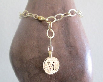 Gold letter chain bracelet with M, M bracelet, personalize gold bracelet for anniversary gift, mixed gold chain M initial letter bracelet